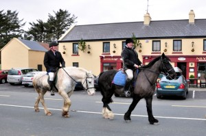 Riders return to Nevin's Newfield Inn Mulranny after the Mulranny Mountain Trail